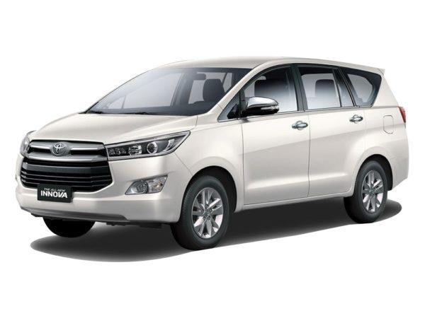 Toyota Innova 2.0 (A)